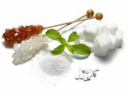 Zucker, Zuckerersatz und alternative Süßungsmittel Süß ist nicht gleich süß! Nicht jeder verträgt alle Süßungsmittel, ob natürliche oder künstliche... Finden Sie hier vielerlei Information über Zucker, Zuckerersatz und alternative Süßungsmittel, die in der Küche Verwendung finden. So sollte es kein Problem mehr sein, das richtige Süßungsmittel zum Kochen zu finden: Haushaltszucker Traubenzucker Zuckeraustauschstoffe: Fruchtzucker, Sorbit, Xylit, Mannit Laktose Honig Ahornsirup Reissirup Agavensirup Stevia Sukrin künstliche Süßstoffe