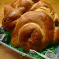 Osterhäschen aus Hefeteig
